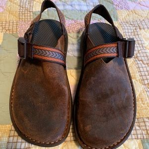 Men's Chaco oiled leather clogs